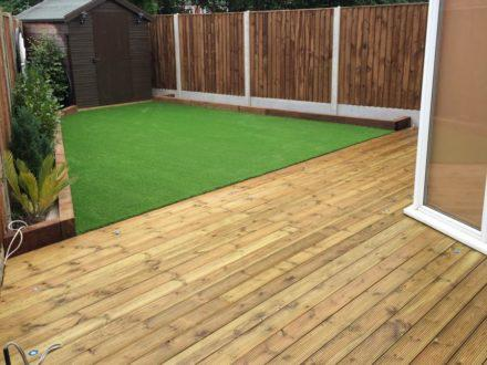 fencing and Decking4 (1)